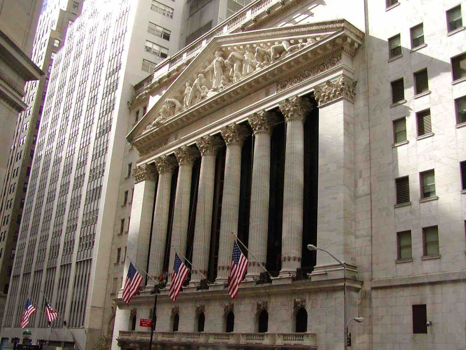 Trading Suspended Temporarily At Nyse Due To Technical